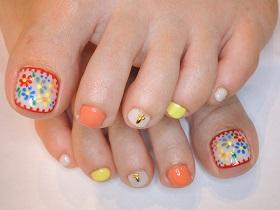 花刺繍ペディ